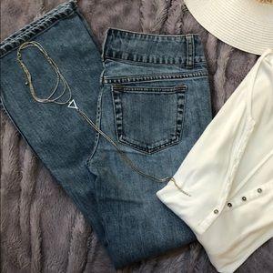 London Jeans size 2 light wash flare leg 💙